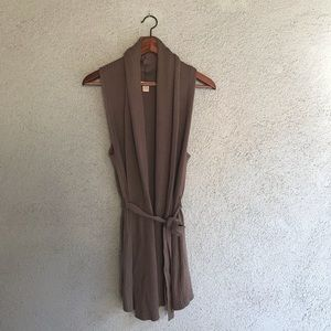 FOREVER 21 | Brown Belted Sleeveless Knit Cardigan